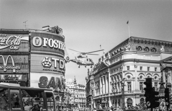Air Ambulance landing in Piccadilly Circus, '95.