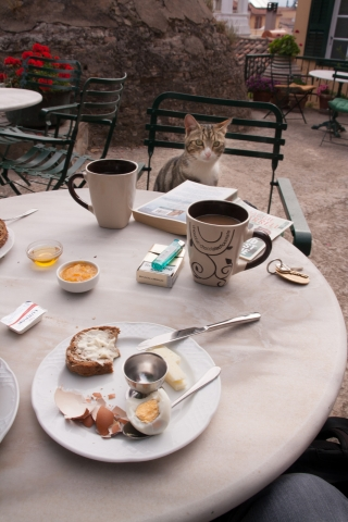 Nafplio, Breakfast with Cat, '16.