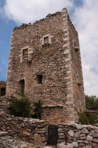 Vathia Tower House, '16.